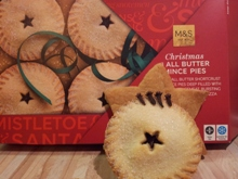 M&S Classic Box – cloves model's own